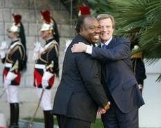 Bernard Kouchner et Ali Bongo