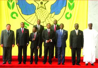 Les chefs d'Etat de la Cemac en juin 2008 � Yaound�