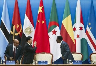 Le président chinois Hu Jintao avec Jacob Zuma et Yayi Boni
