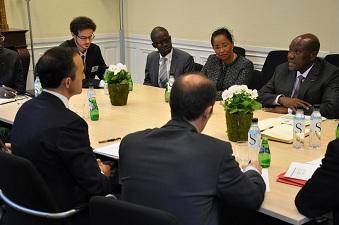 Daniel Kablan Duncan lors d'une réunion avec la direction de Sciences Po