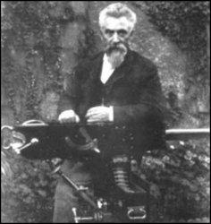 Hiram S Maxim, inventeur de la mitrailleuse Maxim qui donna un avantage décisif aux européens lors de la conquête de l'Afrique