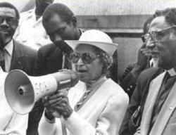 Rosa Parks à 70 ans: toujours active