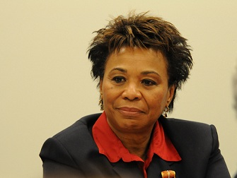 Barbara Lee, présidente du Black Caucus