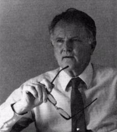 """Arthur Jensen a bénéficié du soutien du """"Pioneer Fund"""", un organisme qui a financé des recherches de scientifiques visant à prouver l'infériorité des Noirs. Ce fond existe toujours"""