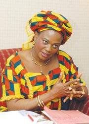 Dora Akunyili, Directrice Générale de l'Agence Nationale d'Administration et de Contrôle des aliments et des médicaments au Nigeria
