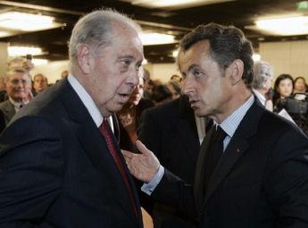 Charles Pasqua ici avec Nicolas Sarkozy le 30 juin 2009 r�clame au pr�sident fran�ais la lev�e du secret d�fense