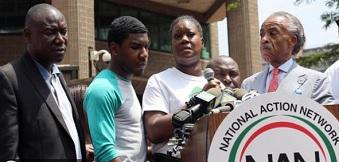 Al Sharpton lors d'une manifestation en mémoire de Trayvon Martin