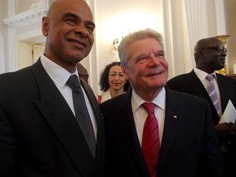Charles Huber, député au parlement « Bundestag » et le président  Joachim Gauck.Berlin 24.5.13