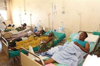 Des blessés soignés à Brazzaville après l'explosion du 4 mars 2012