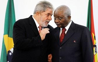 Le projet de construction de l'usine a été initié par le président Lula et le président Chissano. Leurs successeurs Dilma Rousseff et Armando Gebuza ont pris le relai jusqu'à l'aboutissement