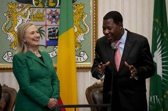 Hillary Clinton et Yayi Boni le 10 août 2012 à Cotonou au Bénin