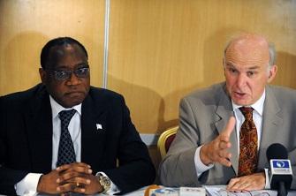 Vince Cable et son homologue nigérian Olusegun Aganga