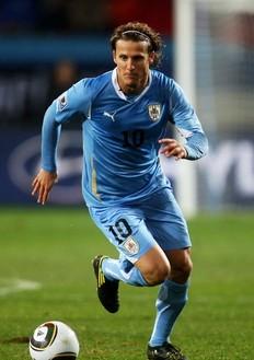 Le capitaine de l'Uruguay Diego Forlan a éclaboussé la coupe du monde de son talent