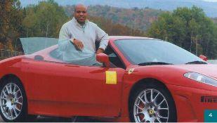Avec sa Ferrari 430 Spider