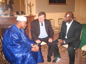 Malamine Koné reçu par le président malien en compagnie de Guy Roux