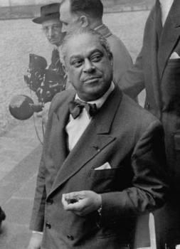 Gaston Monnerville en mai 1958
