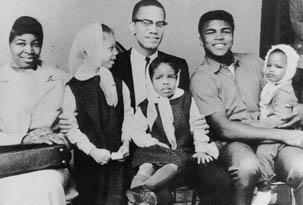 Malcolm X en famille et en compagnie de Mohammed Ali