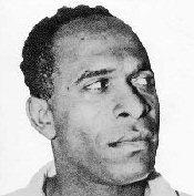 Frantz Fanon, qui venait de servir en tant que psychiâtre en Algérie critiqua le colonialisme lors du congrès