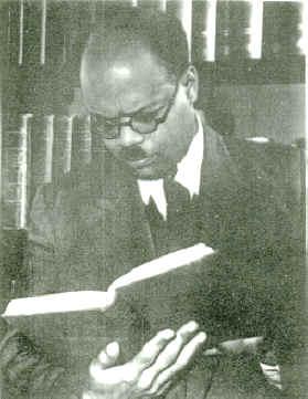 William Arthur Lewis jeune, photopraphié en 1955