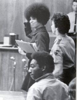 Angela Davis au tribunal