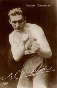 Carpentier, alors champion en titre, fut vaincu par Siki
