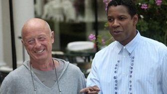 Le réalisateur britannique Tony Scott en compagnie de Denzel Washington