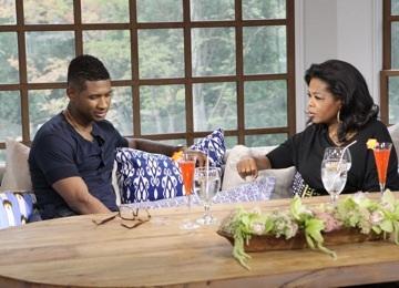 Oprah Winfrey et Usher dans sa maison d'Atlanta lors de l'interview qui sera diffusé dimanche prochain