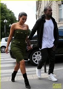 Kanye West et Kim Kardashian lors d'un séjour à Paris
