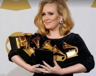 Adele affirme qu'elle n'a pas refusé un duo entre Beyoncé et elle