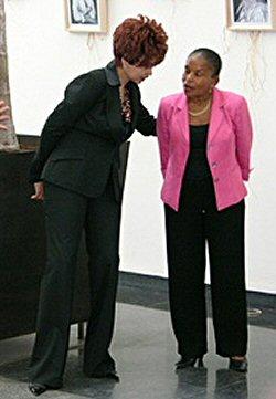 Christiane Taubira et Sandrah Monthieux Pélage durant l'édition 2004 du Congrès