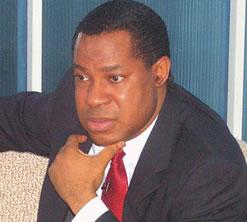 Le pasteur Chris Oyakhilome dirige l'église de l'ambassade du Christ
