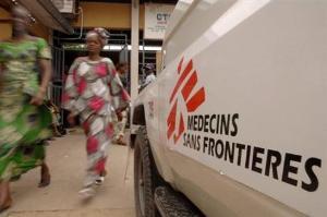 Un Véhicule de Médecins sans frontières (MSF), à Kinshasa.